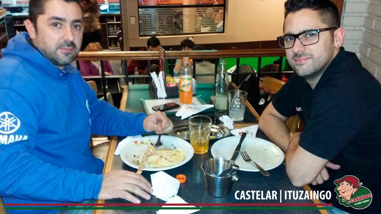 Miércoles mitad de semana con amigos en Lo de Carlitos Castelar | Ituzaingo