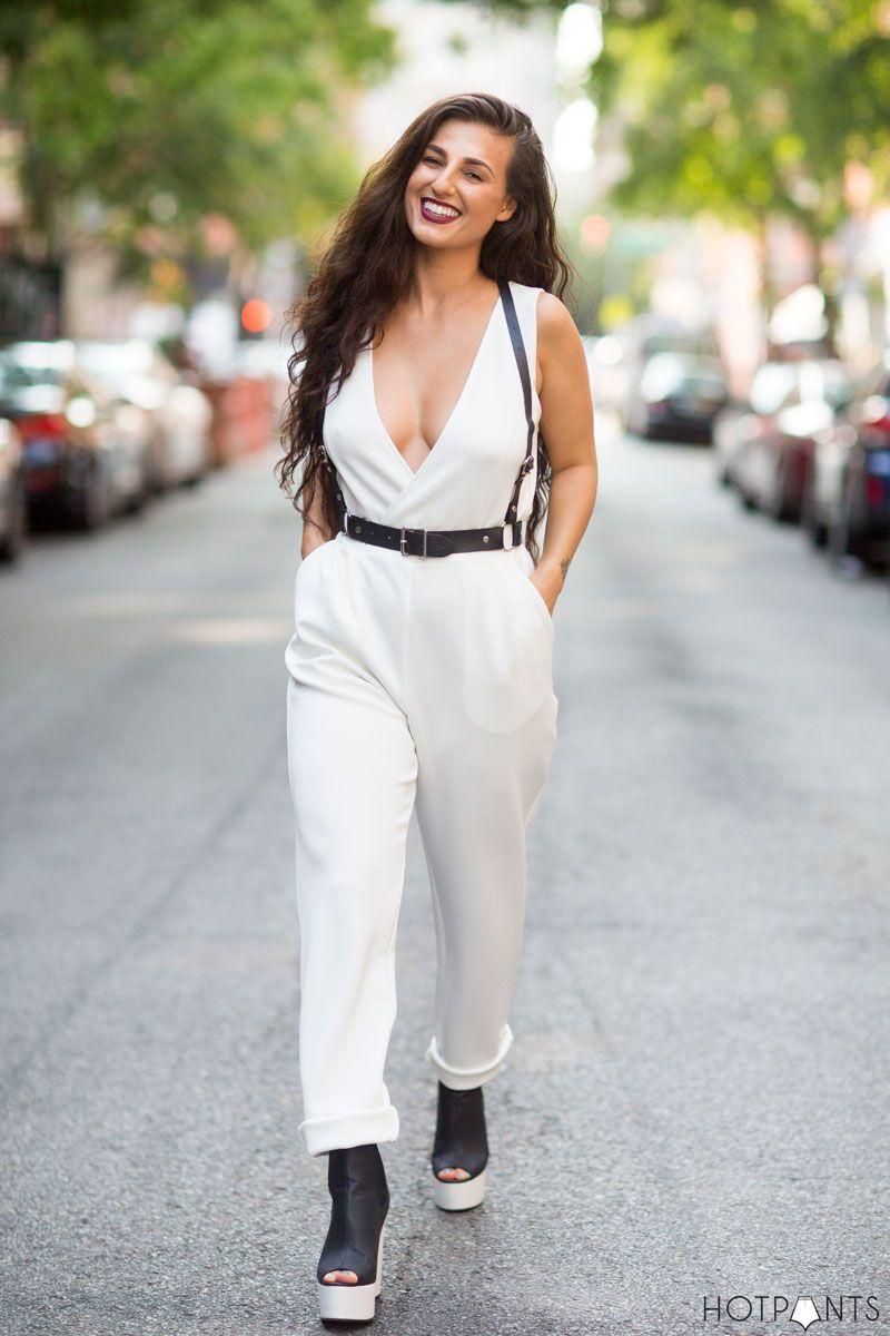 MAC Diva 70s Jumpsuit Curvy Woman Cleavage Low Cut Deep V Front Dress Top 93a32e152