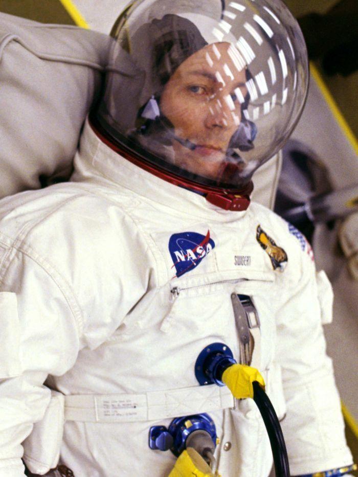 apollo 13 astronauts - 700×933