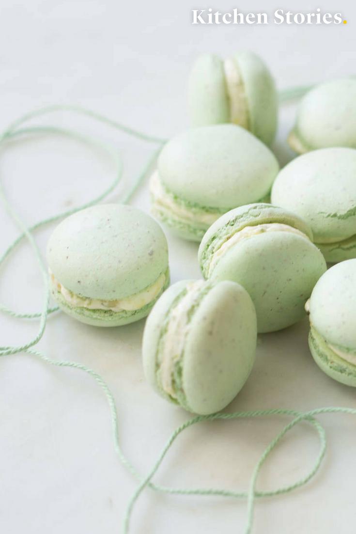 Pistazien-Macarons mit Zitronen-Buttercreme | Rezept mit Video | Kitchen Stories