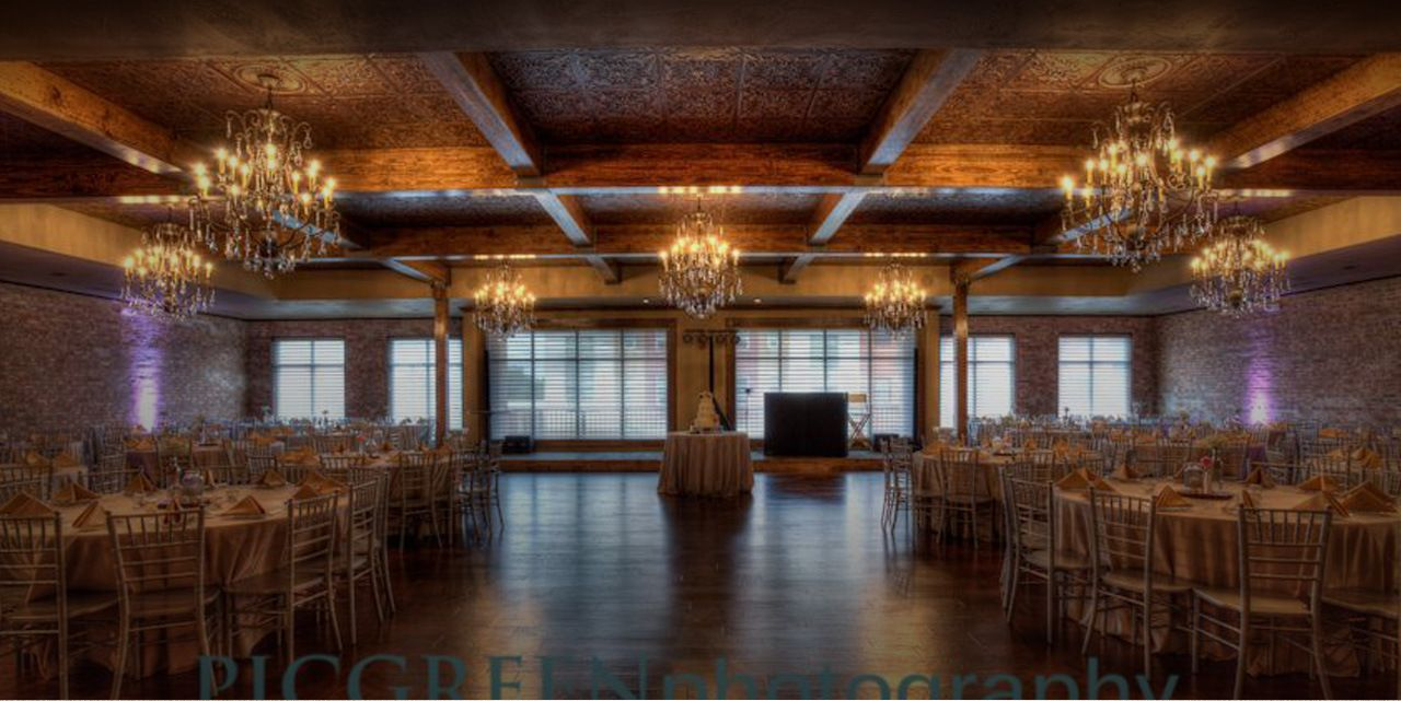 Beautiful Wedding Reception Venues The Stanley Kansas City Wedding Venues Cheap Wedding Venues City Wedding Reception
