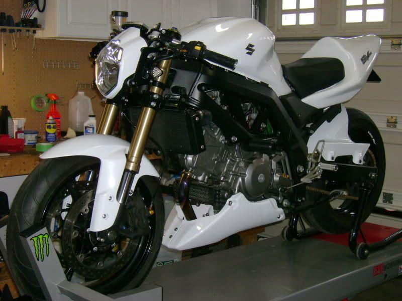 Sv650 With An Lsl Urban Headlight Jpg Street Fighter Motorcycle Suzuki Sv 650 Suzuki Motorcycle