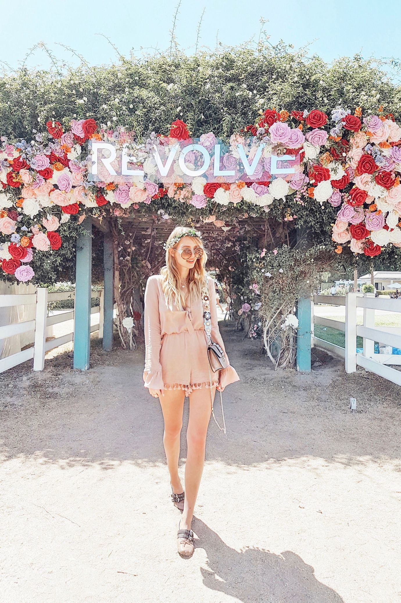 Flower Power at Coachella #RevolveFestival | Palm Springs http://www.ohhcouture.com/2017/04/revolvefestival-coachella-palm-springs/ #leoniehanne #ohhcouture