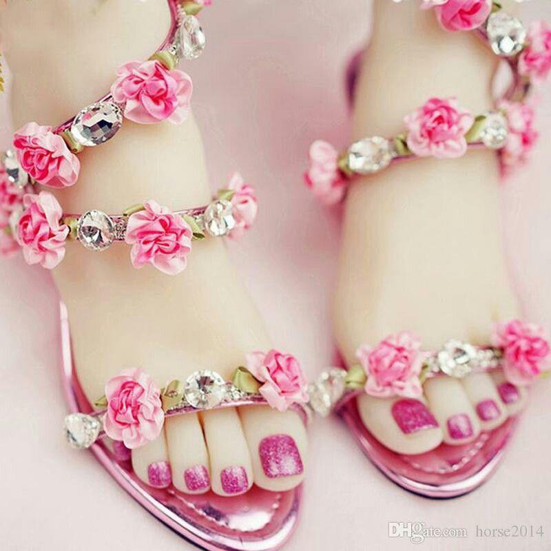 Pin de Sanga Zeb en shoes | Pinterest