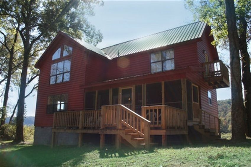 The White River Cabin - Mountain View - $140 per night - Sleeps 8