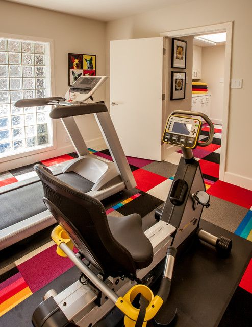 Amazing design of carpet tiles at contemporary home gym with