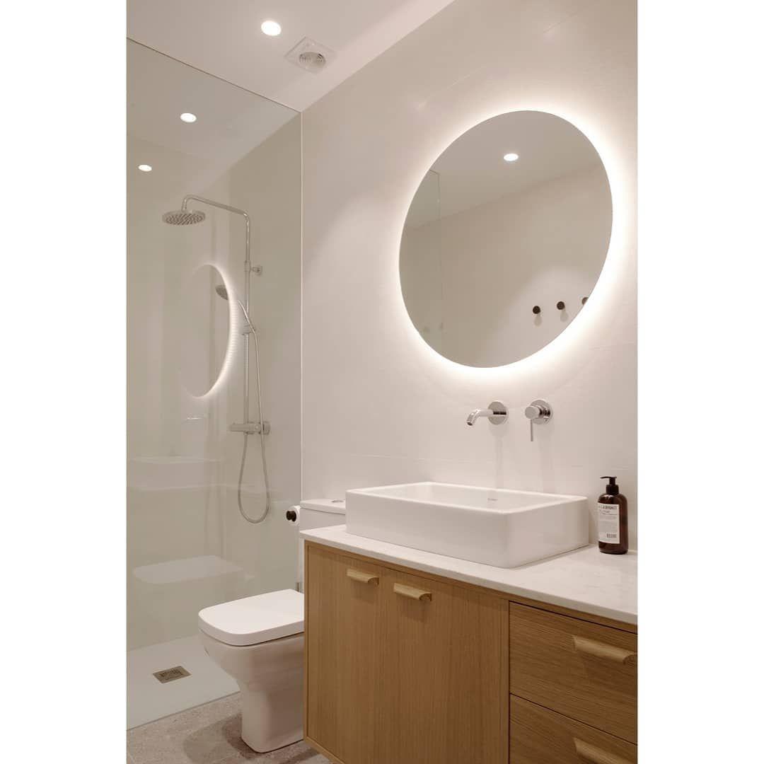 "BADE on Instagram: ""Simple but cozy bathroom 💟 . . . #bath ..."