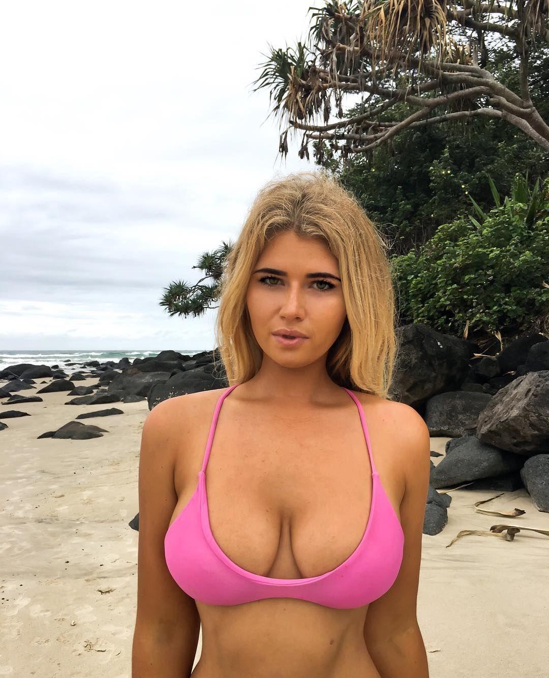 Bikini community sister type