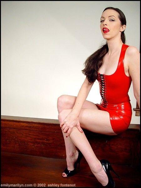 Emily Marilyn Nude Photos 5