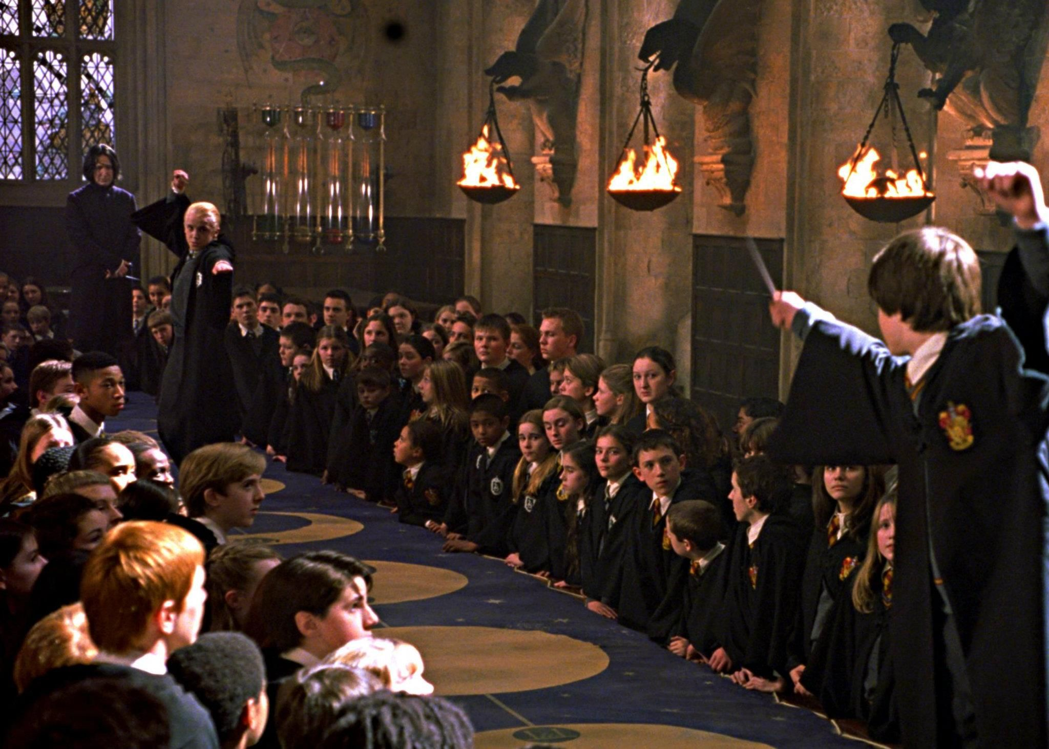 Draco & Harry duel #harrypotter | Harry potter pictures, Harry potter  movies, Harry potter wiki