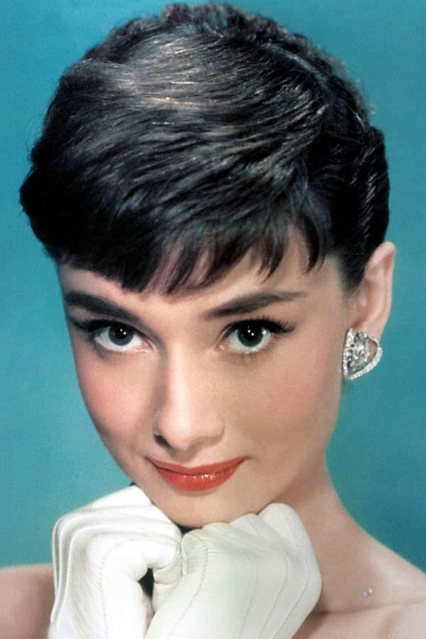 Schonheit In Den 60er Jahren Audrey Hepburn Frisur Audrey Hepburn Audrey Hepburn 50er Jahre Make Up