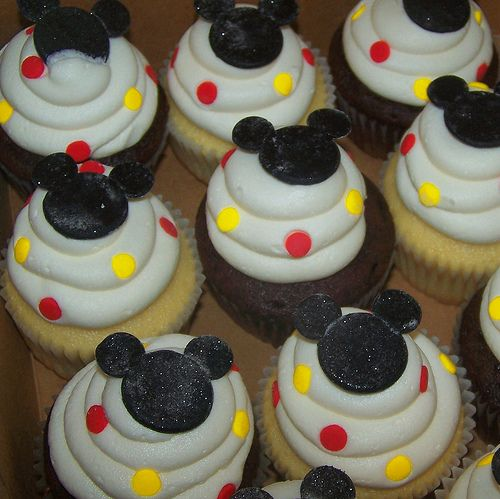 Mickey mouse cupcakes Kids Pinterest Mickey mouse cupcakes