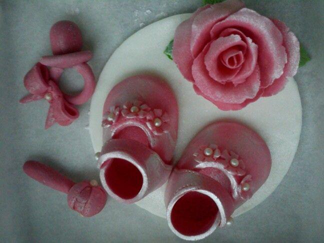 Kakkukoristeita
