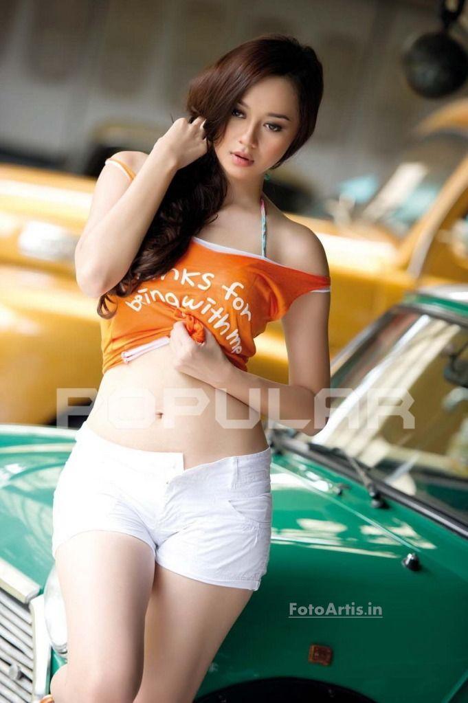 Sanny Aura Syahrani Aura Kasih Bandung Indonesia Shes An Indonesian Singer Model Actress