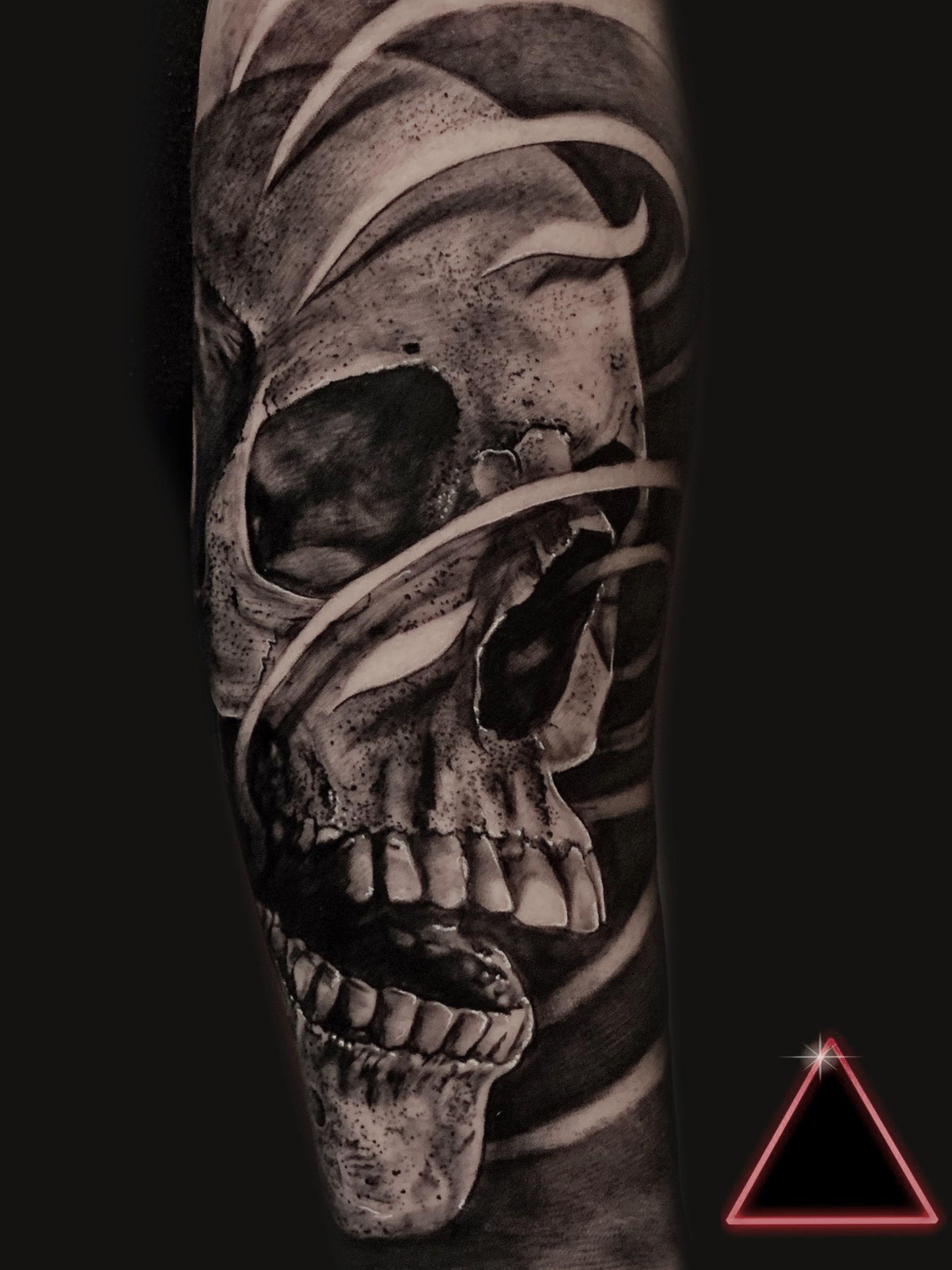 Tattoo skull on arm, tattoo realism, tattoo on arm, tattoo men, male tatto  Tattoo caveira no braço, tattoo realismo, tattoo no braço, tattoo masculina  #tattooskull #skulltattoos #skull #tattooonarm #realism #realismtattoo #realistic #realistictattoo #tattoomen #maletattoo #tattoocaveira #tattoonobraco #caveira #realismo #realismotattoo #tattoomasculina