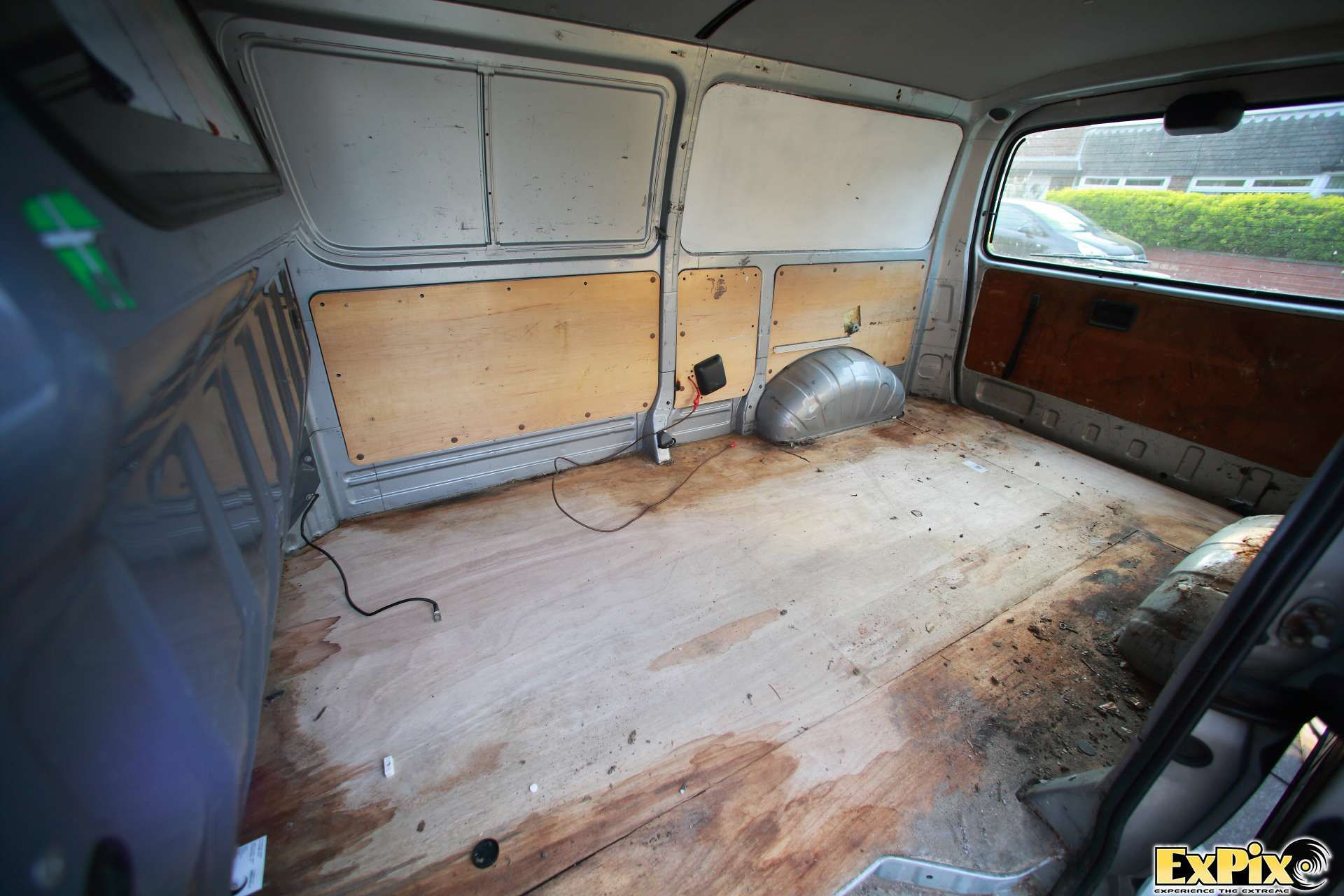 Empty Van Ready For Refit More Pics Of Ripping Out The Working Template