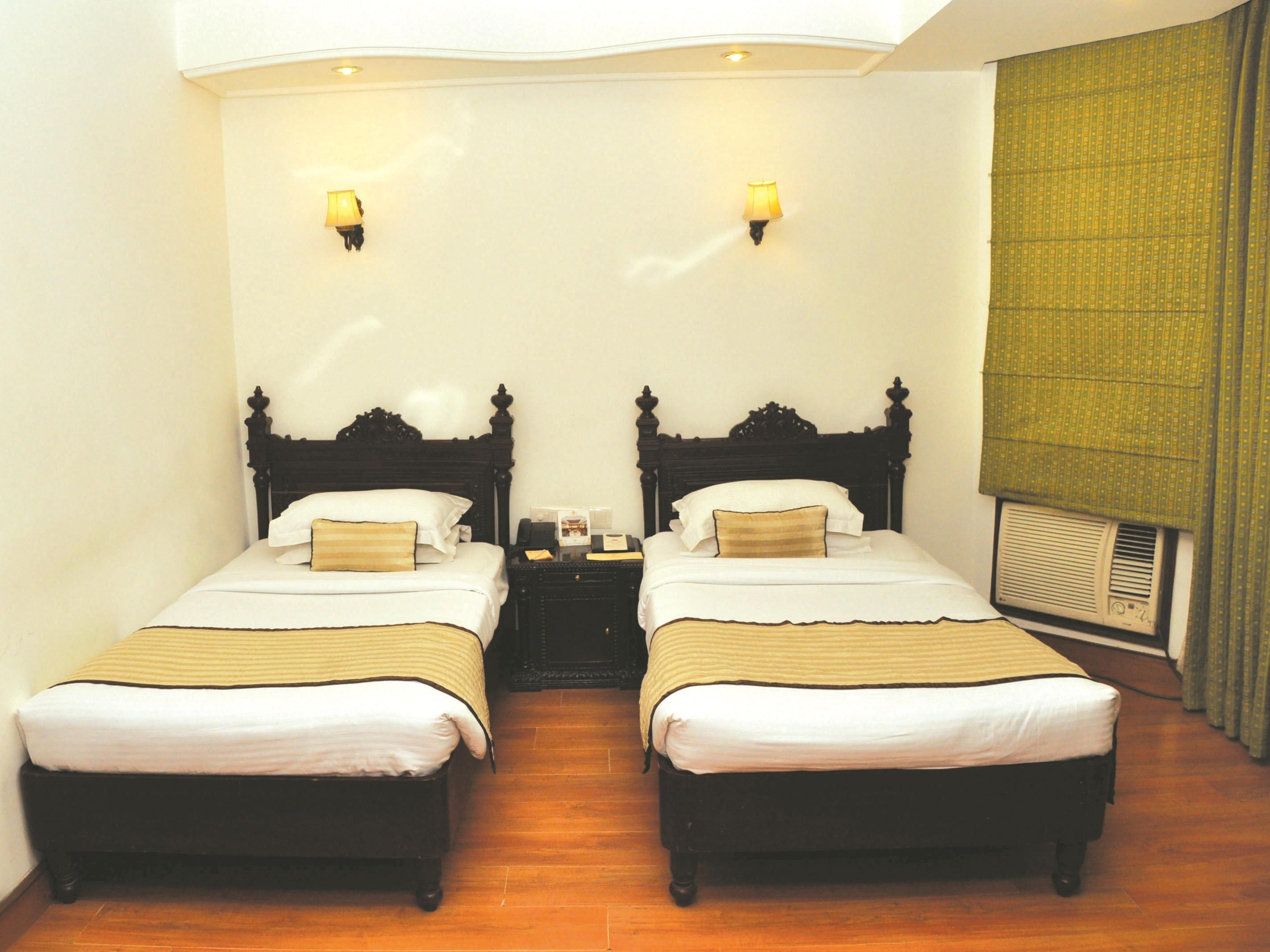 Hotel Prime Residency New Delhi And Ncr Hotel Park Residency India Asia Ideally Located