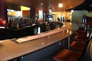 Great Bar Design. You Can See Everyone At The Bar. Fire U0026 Ice Restaurant