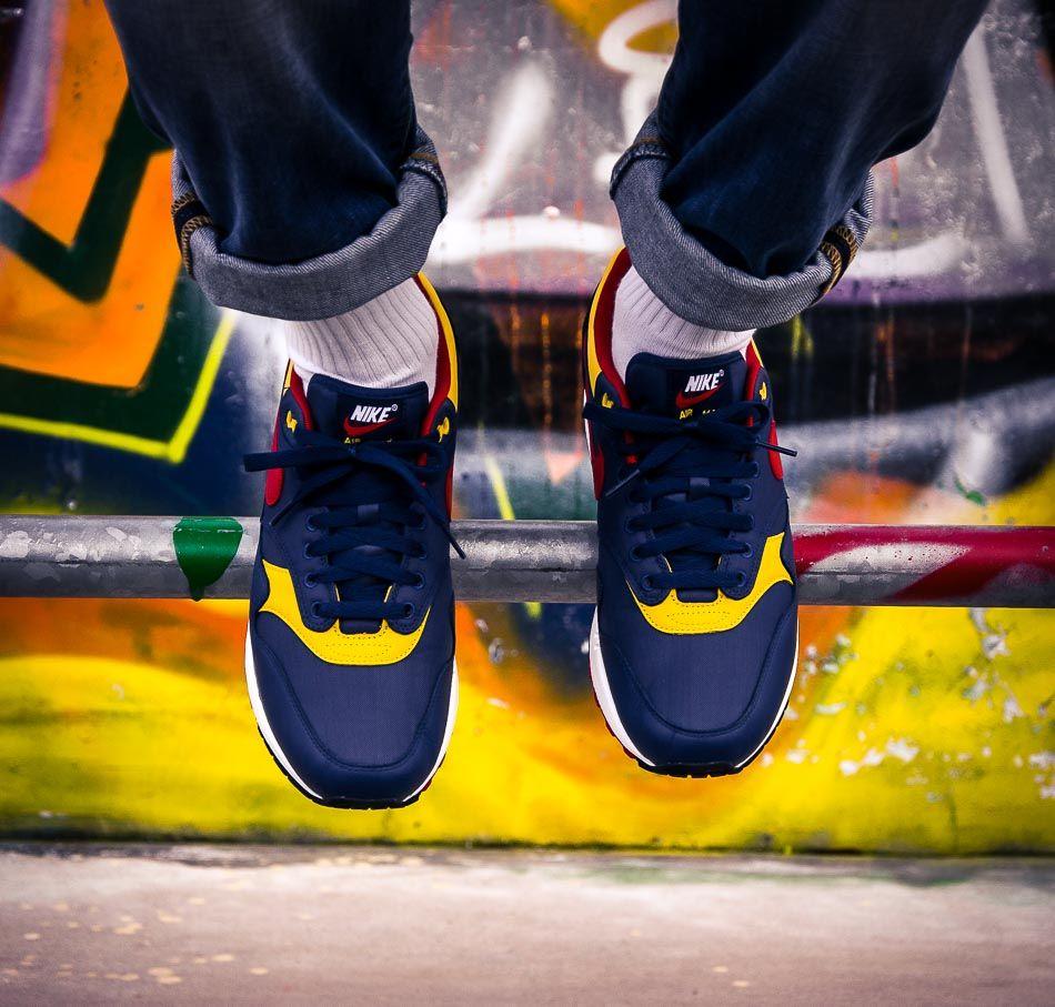 designer fashion ae046 3cdd6 Dunkelblauer Nike Air Max 1 Premium