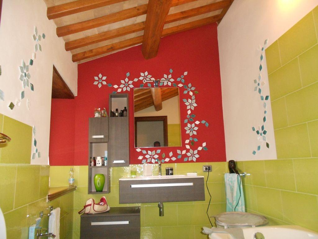 Bagno In Camera Con Vetro : Bagno finemente decorato camera da bagno decorata con motivo
