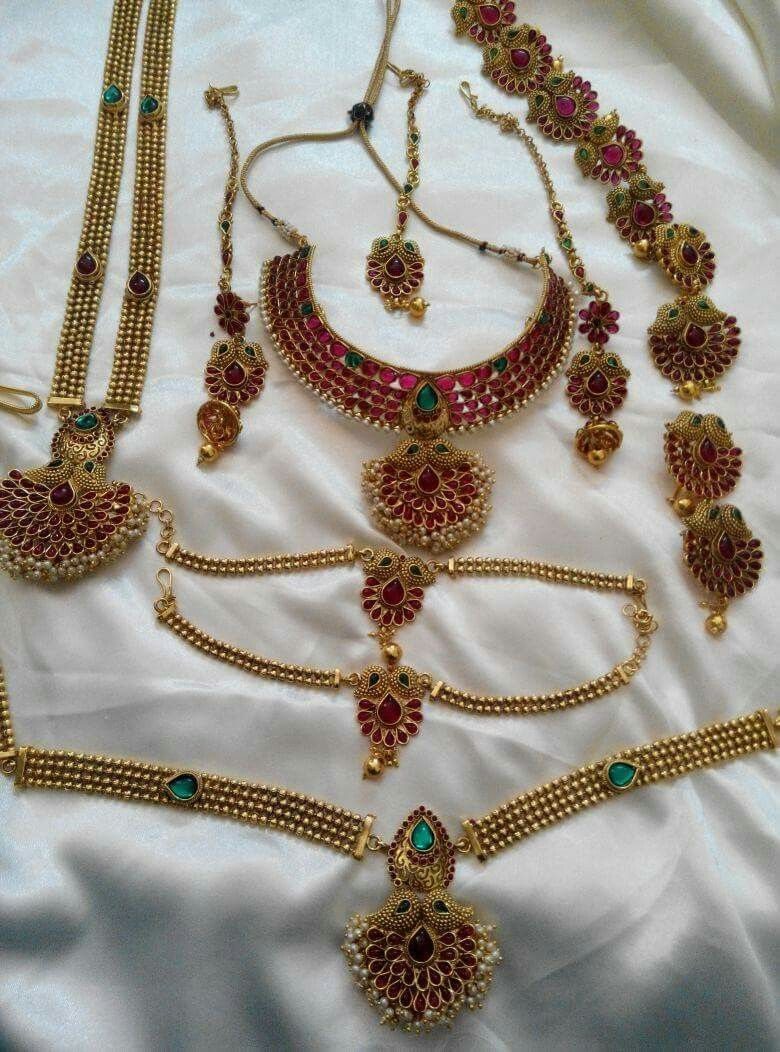 South Indian Kemp Stone Full Bridal Sets