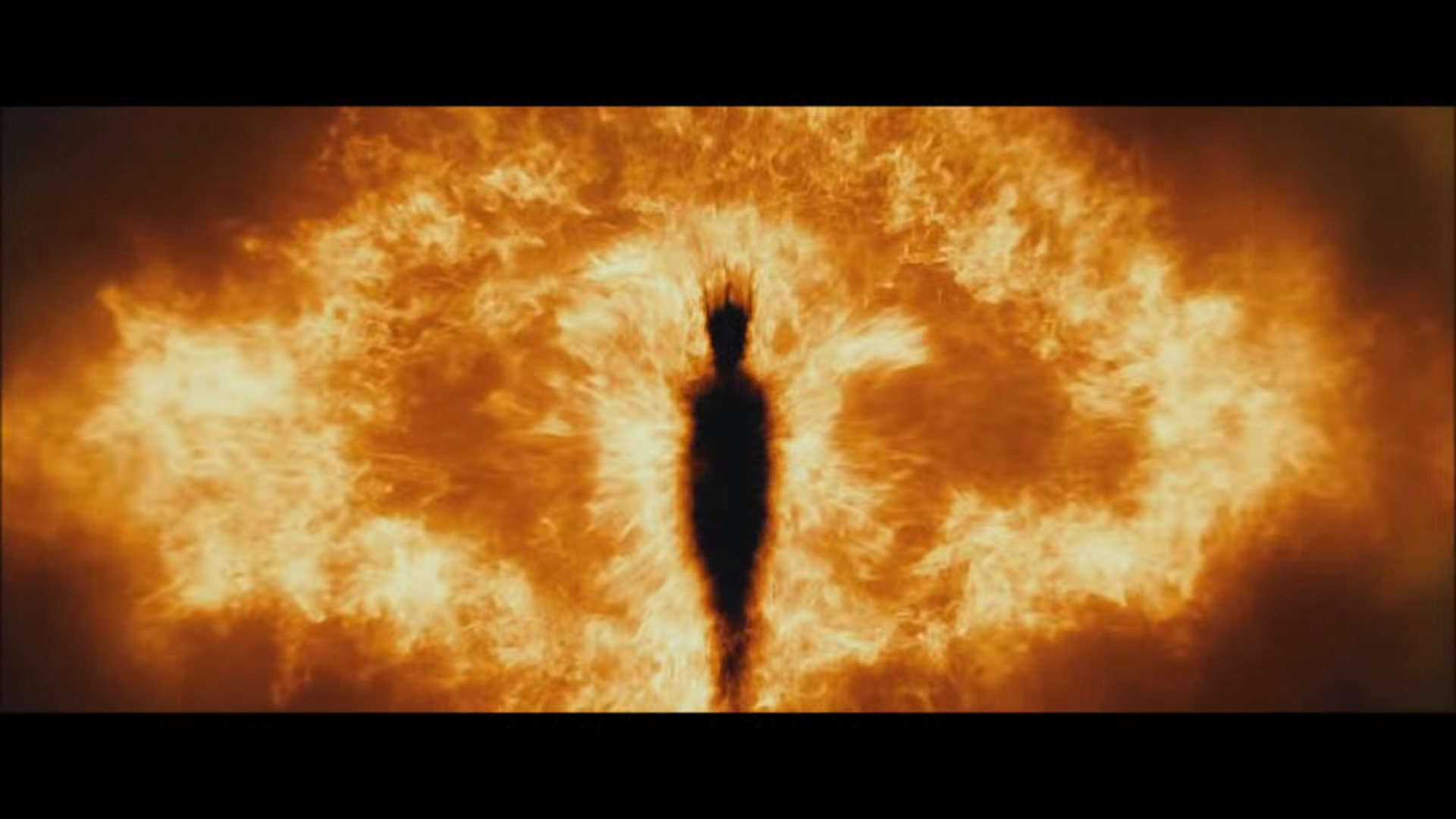 The Eye Of Sauron Seen On The Hobbit Dos Lord Of The Rings The Hobbit Chronicles Of Narnia