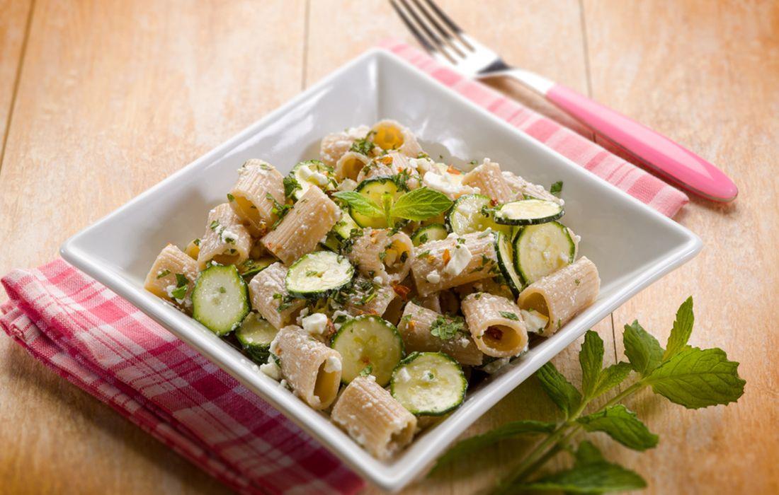 Diete Veloci E Facili : La ricetta della pasta alla ricotta con zucchine un primo piatto