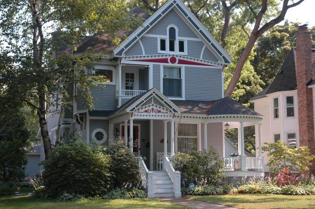 Striking A Blow Against One Dimensional Tourism Victorian Homes House House Styles