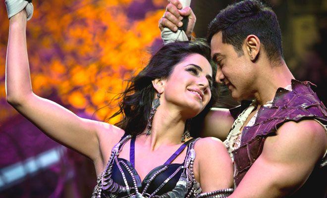 Katrina Kaif And Aamir Khan In The Song Malang From The 2013 Film Dhoom 3 Dhoom 3 Katrina Kaif Bollywood Movies