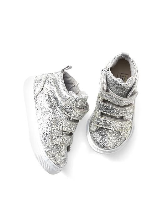 f6202e2674d3 Glitter hi-top trainers for 4 year old daughter! Who doesn't love sparkle!!