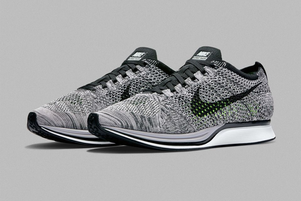 Men's Nike Flyknit Racer Oreo 1.0 Black White Sail Sneakers : W24z4919
