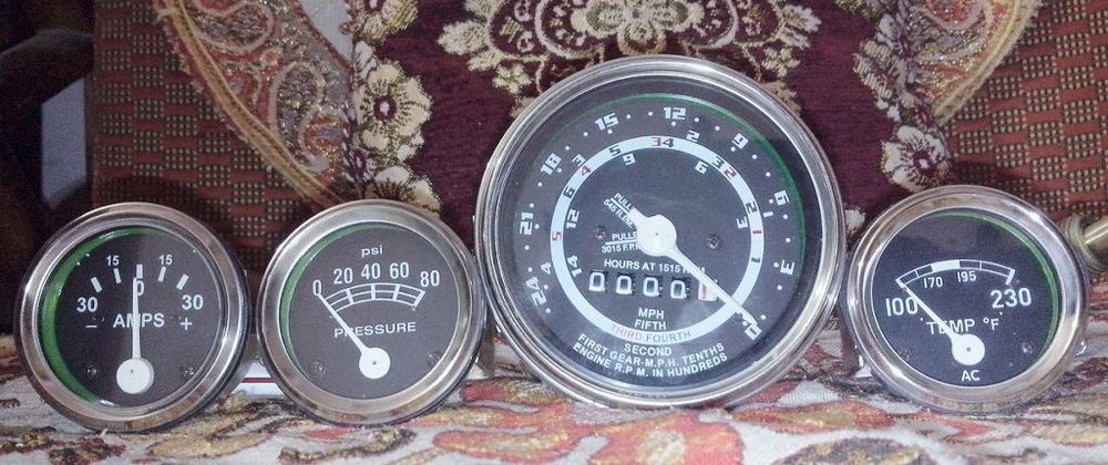 New-Ford-Tractor Tachometer-Gauge