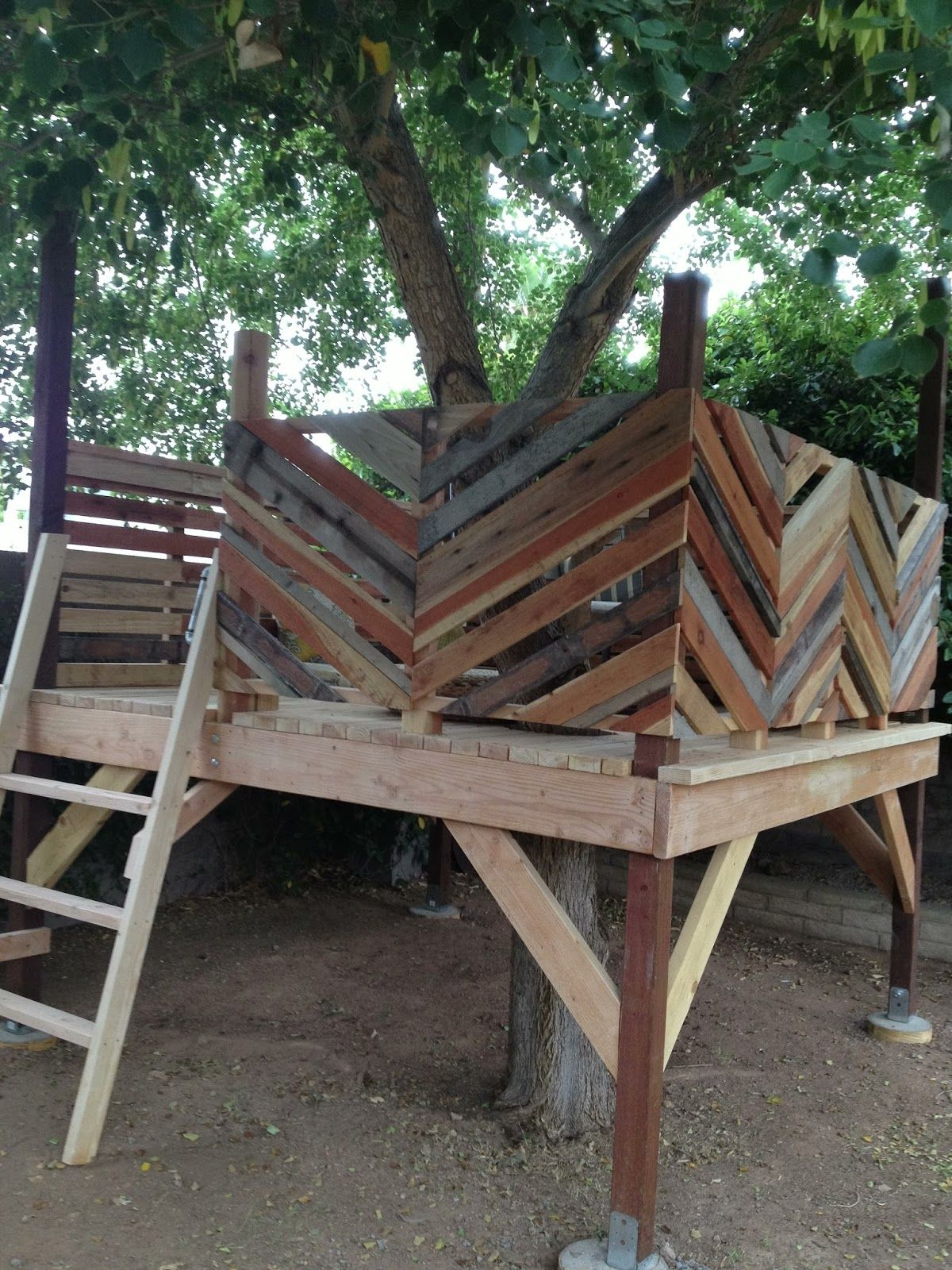 Fort Friday (With images)   Tree house diy, Tree house ...