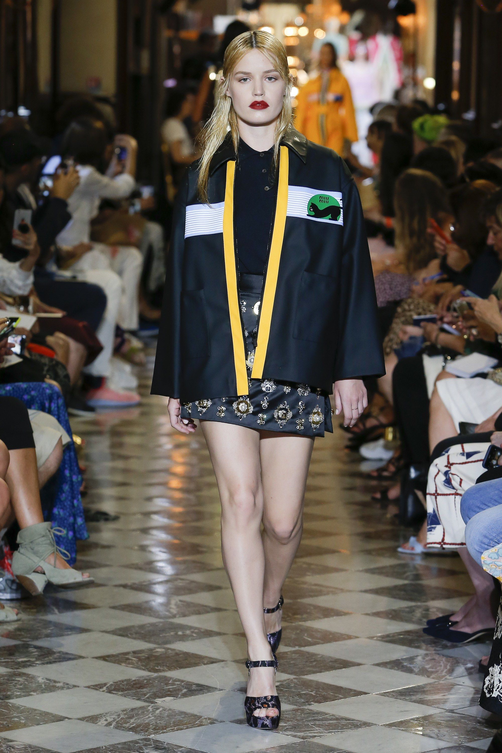 a9603a0b6246 Miu Miu Resort 2019 Collection - Vogue  clothes  beautifulclothes  fashion   apparel  fashiontrends  style  stylewatch  fashioninspiration  designers   MiuMiu ...