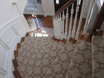 Best Classic Geometric Stair Runners Add Elegance To Any 400 x 300