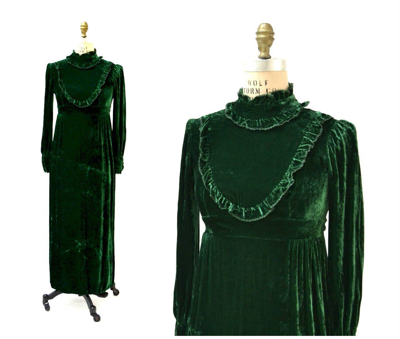 70s 80s Vintage Green Velvet Dress Ruffle Dress Christmas Etsy Long Velvet Dress Green Velvet Dress Dresses [ 1090 x 1286 Pixel ]