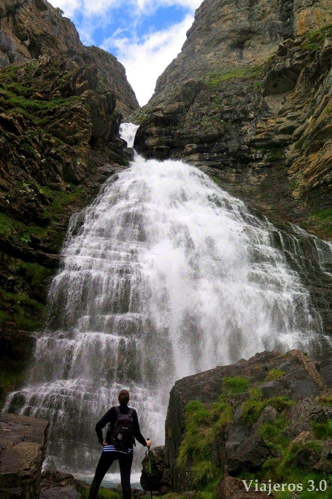 Ruta A La Cascada Cola De Caballo Por La Senda De Los Cazadores Rutas De Senderismo Cascadas Paisaje De Montaña