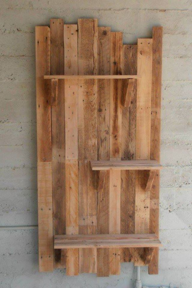 Pallet Wood Shelf Idea Like The Idea Of A Smaller One For A Vanity Wall Pallet Home Decor Diy Pallet Projects Pallet Diy