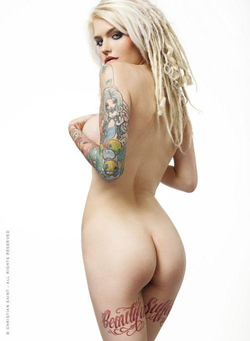 model naked sex ash