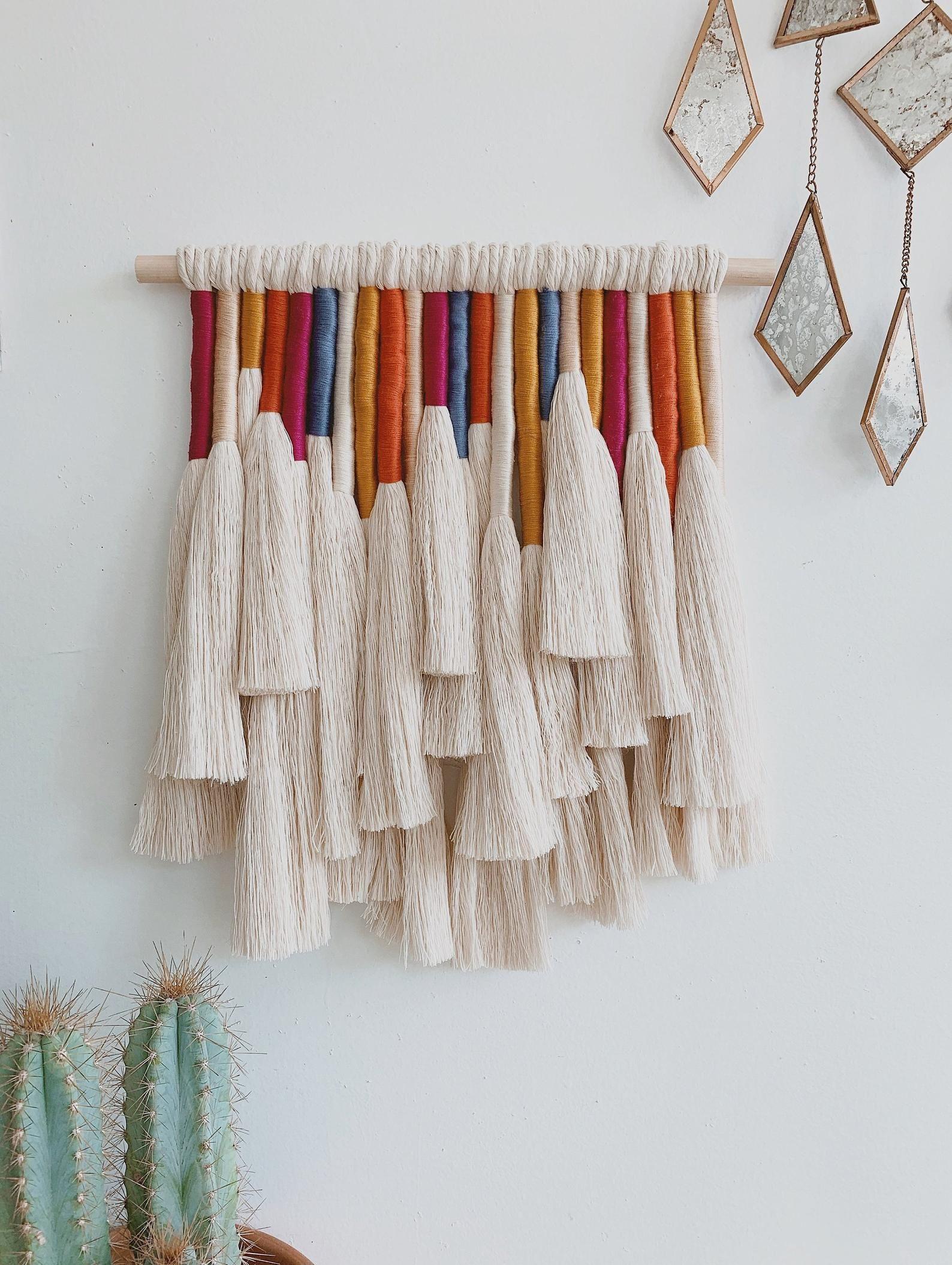 Mariposa Macrame Wall Hanging Etsy Yarn Wall Hanging Yarn Wall Art Macrame Wall Hanging