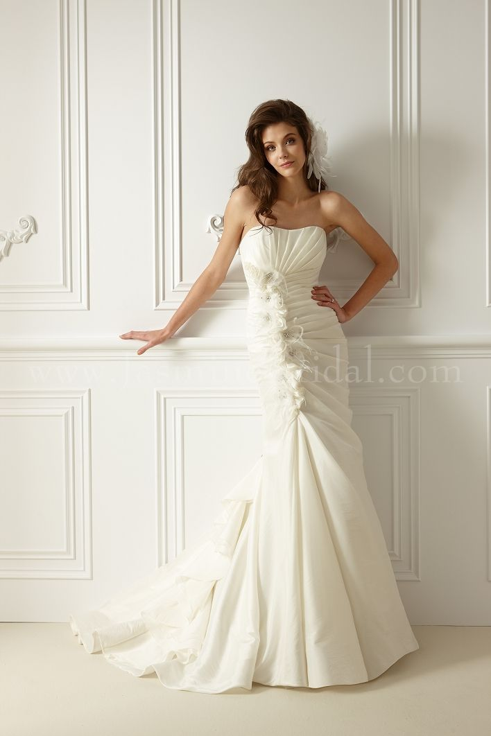 F478 - discontinued. Now half off | Wedding Gowns | Pinterest ...
