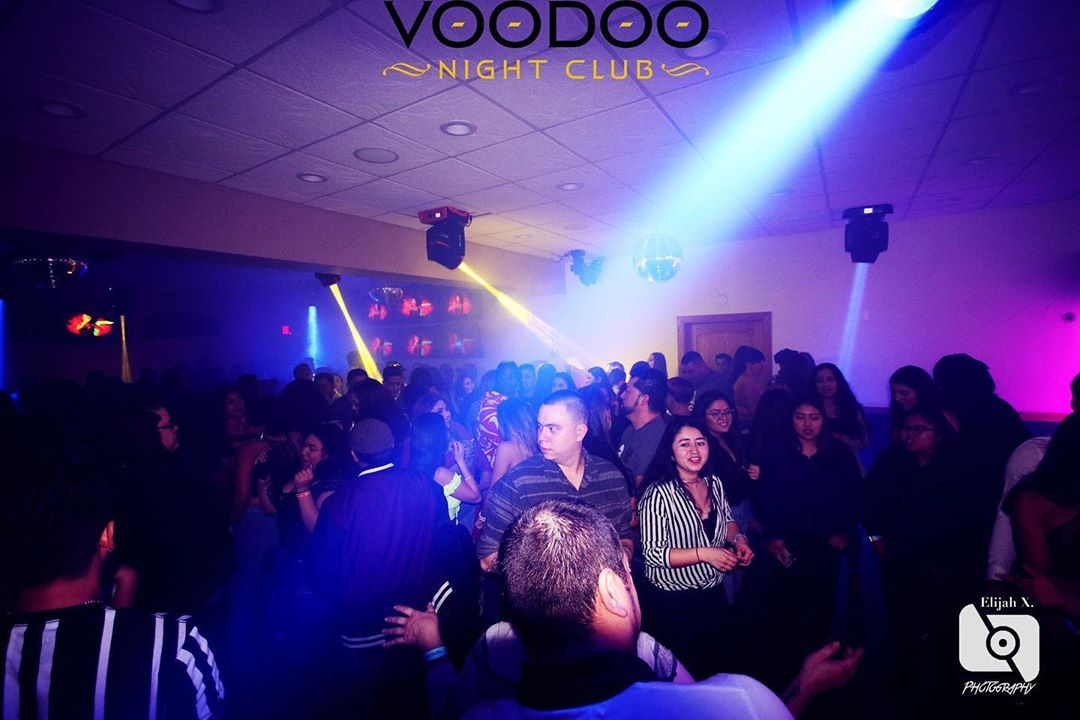 #latinclub #bachata #bachateando #madison #wisconsin #clubvoodoo #latino #latina #latin #photography #latinnights #latindance #latinmusic #merengue #salsa #Dj #drink #beer #nightclub #nightlife #followme #photooftheday #dancing #nightlife #summer #club #instadaily #friends #fun #vip #djfrecuenciainfinita