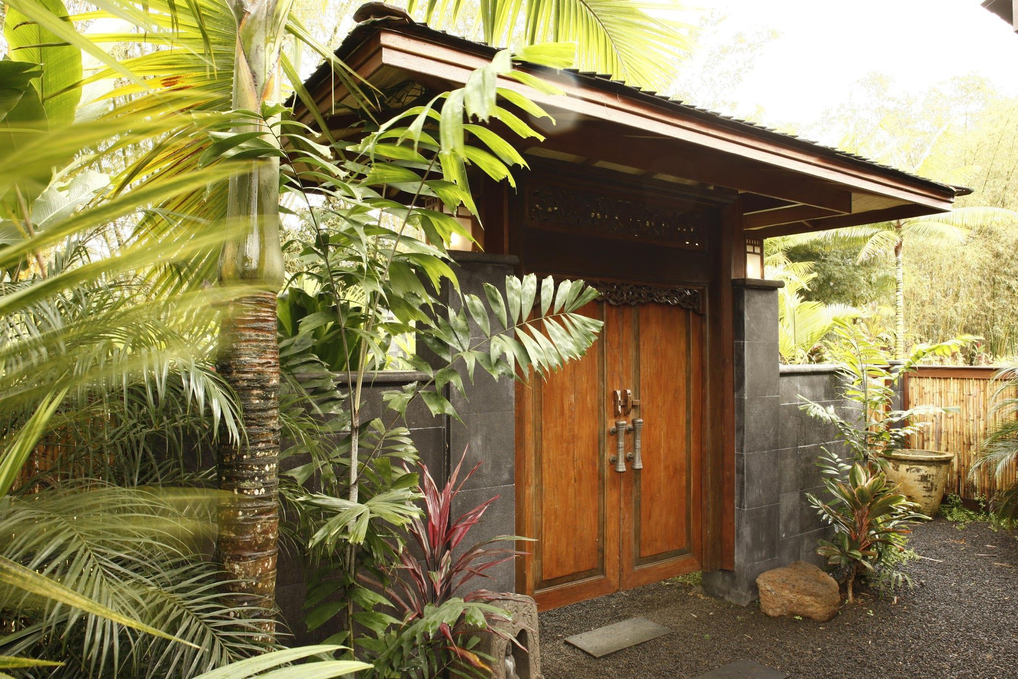 Tropical Architecture Group, Inc Modern Hawaiian & Balinese - Hale