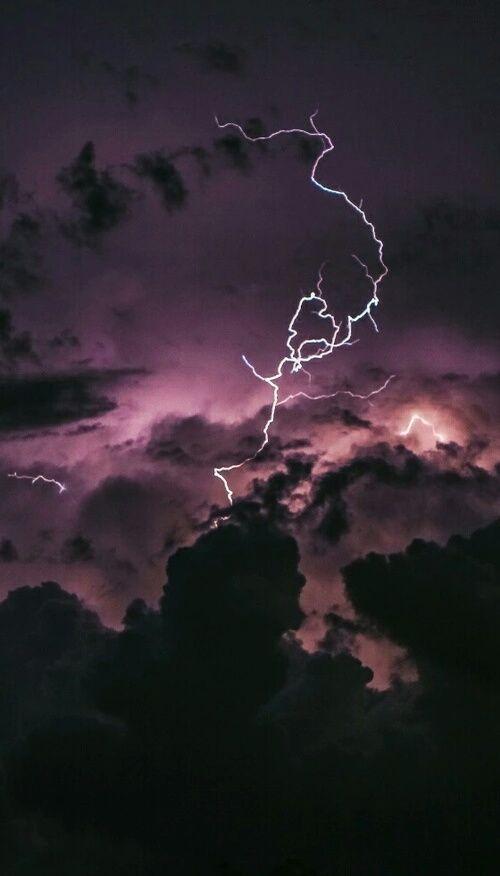 Imagem De Sky Grunge And Lightning Iphone Wallpaper Ipad Air