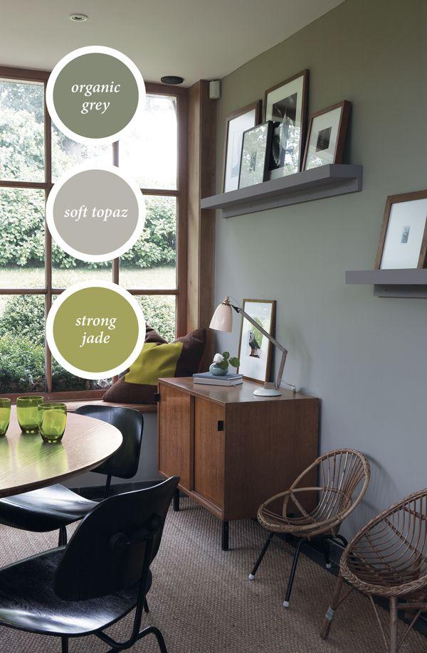 Mooie rustgevende #groengrijze muur | woonkamer ideeen | Pinterest ...
