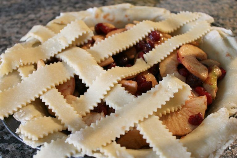 Homemade Pie Crust Recipe (Fruit Pies and MORE) - THE OLIVE BLOGGER - Recipes your family will love! #recipeforpiecrust