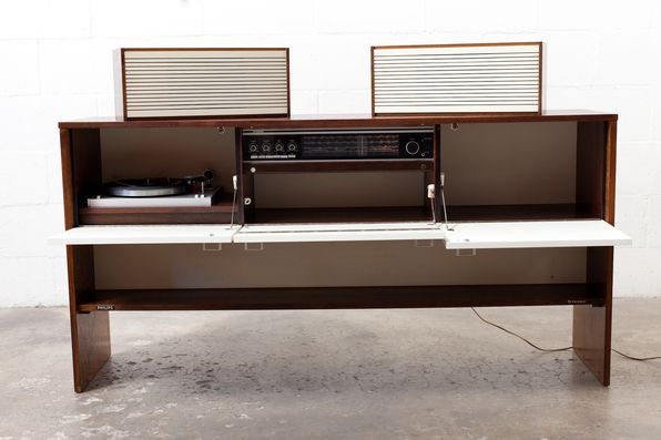 Philips Vintage Stereo Cabinet With Speakers