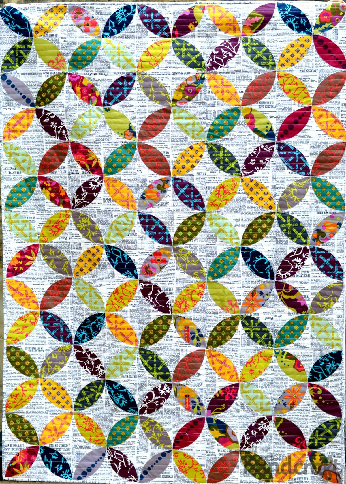 Bright Orange Peel Quilt against text background. So cool ... : modern day quilts - Adamdwight.com