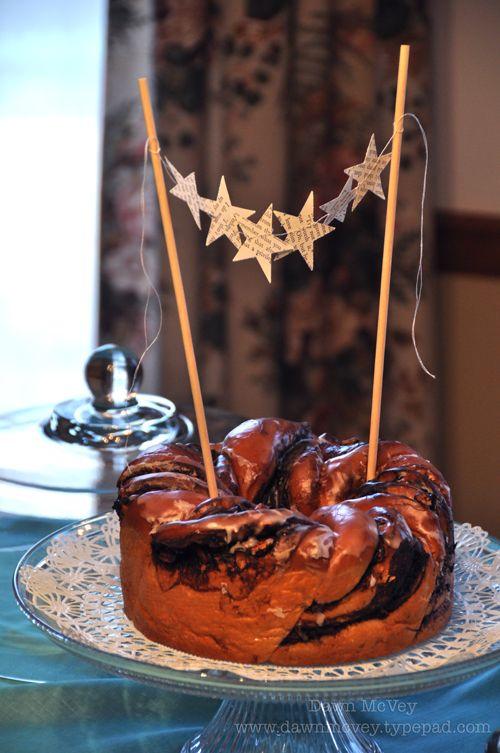 sweet cake garland decoration