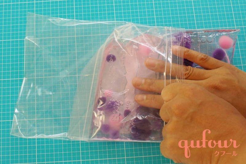 赤ちゃんの知育玩具をハンドメイド センサリーバッグ の作り方 Qufour クフール 保育 手作りおもちゃ 手作りおもちゃ 0歳児 手作りおもちゃ